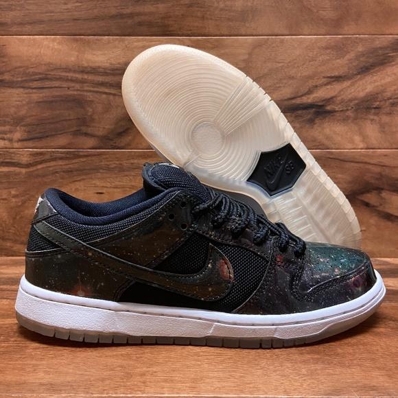 27 Nike Sb Dunk Low 420 Galaxy